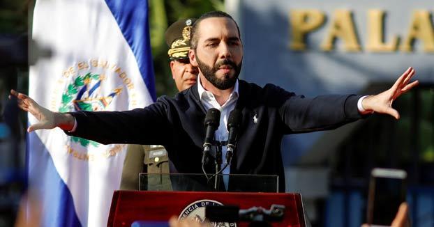 El presidente de El Salvador ordena que los pandilleros presos ''no vean la luz del sol'' tras la desaparición de un soldado hallado muerto