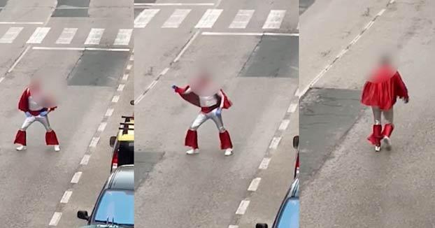 Denunciados dos hermanos en Burgos por salir disfrazados a la calle a bailar