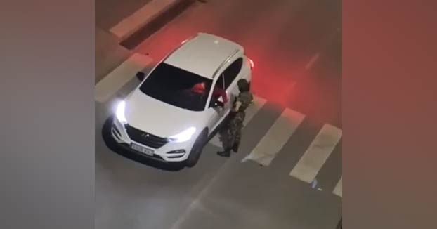Sancionado por hacerse pasar por legionario y hacer controles a los conductores en Granada
