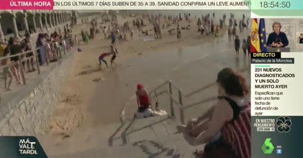 Intentan agredir con un palo en pleno directo a un periodista de laSexta en la playa de La Concha
