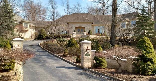 La casa de los Soprano está a la venta