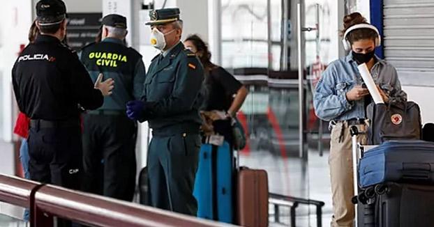 Las personas que lleguen del extranjero a España tendrán que estar en cuarentena 14 días