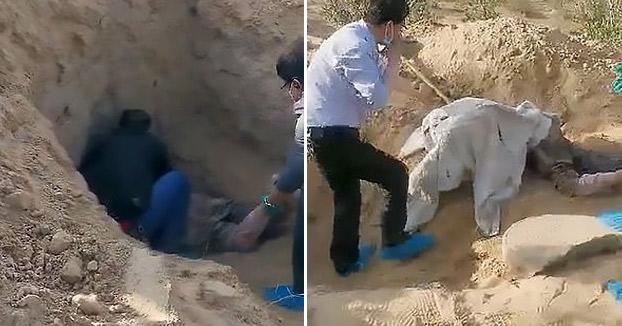 Una mujer china de 79 años y paralítica logró sobrevivir tres días bajo tierra después de ser enterrada viva por su propio hijo