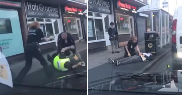 Una mujer policía se ve obligada a utilizar la pistola táser con un hombre al que no podían controlar