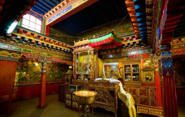 La asombrosa fortaleza sagrada de los budistas tibetanos