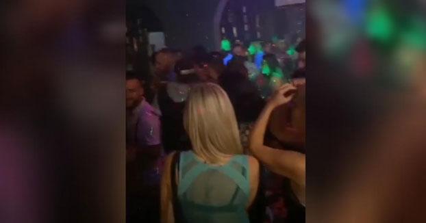 Así estaba el sábado por la noche un conocido pub de León