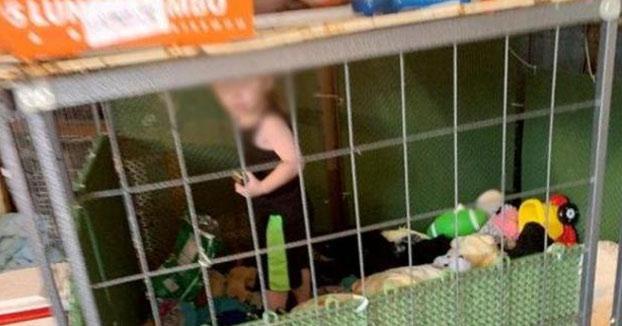 Rescatan a un niño de 18 meses que vivía en una jaula rodeado de más de 600 animales en EEUU
