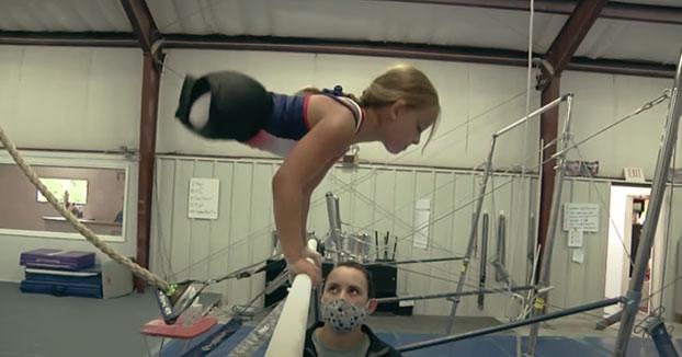 Una niña de 8 años sin piernas aspira a ser una gran atleta