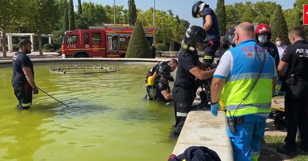 Fallece un joven de 16 años succionado por una fuente en la que se bañaba en Móstoles