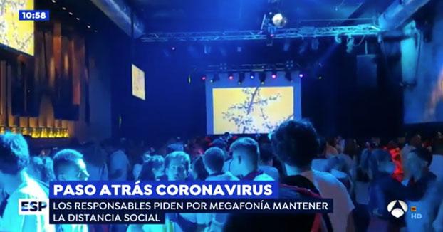 Decenas de jóvenes burlan al coronavirus en una discoteca de Pamplona sin ninguna medida de seguridad