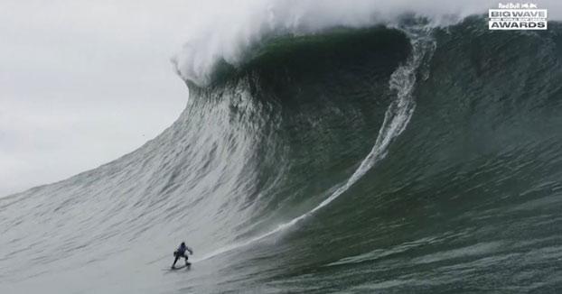 Maya Gabeira bate su propio récord de la ola más grande jamás surfeada: 22,4 metros