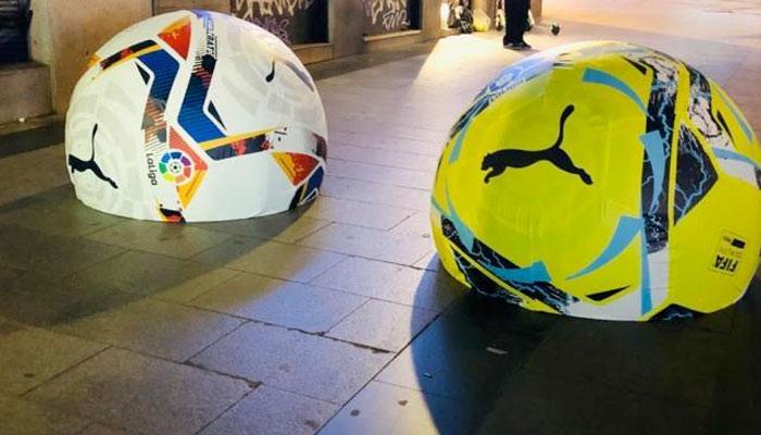 El Ayuntamiento de Madrid retira la publicidad de los balones de LaLiga en bolardos porque la gente le daba patadas