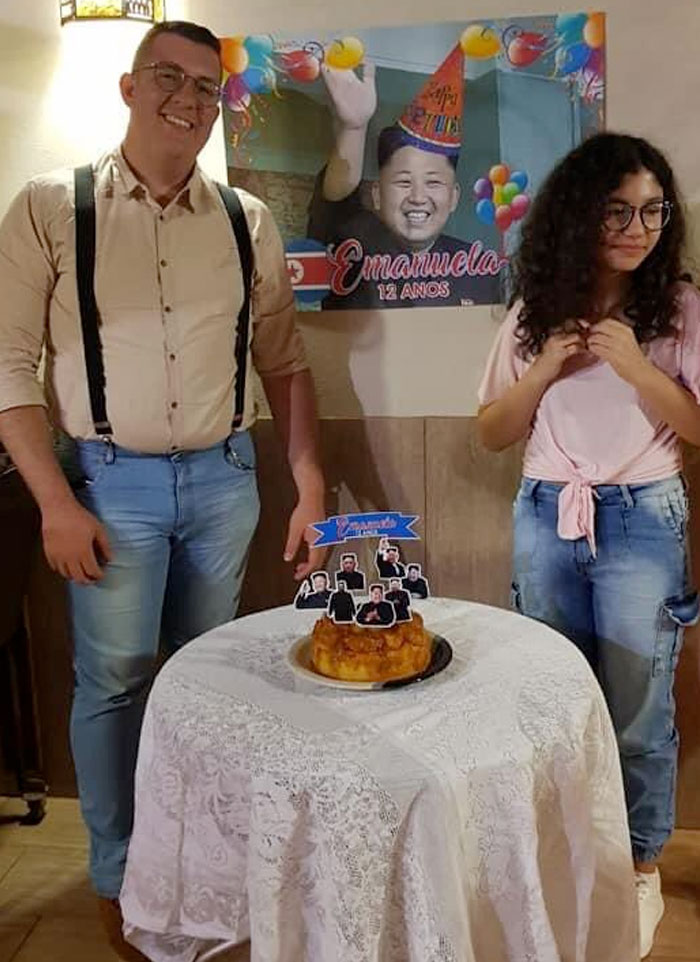 Emanuela es una fanática del K-Pop y toda la cultura coreana y su padre le preparó una fiesta de cumpleaños con el personaje más famoso que encontró