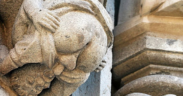 La gárgola obscena dedicada al arzobispo de Colonia por subir los impuestos de la cerveza