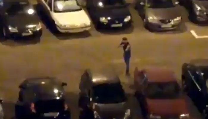 Detención de un individuo en Madrid que amenazaba con un cuchillo a policías y se cortó el cuello delante de ellos
