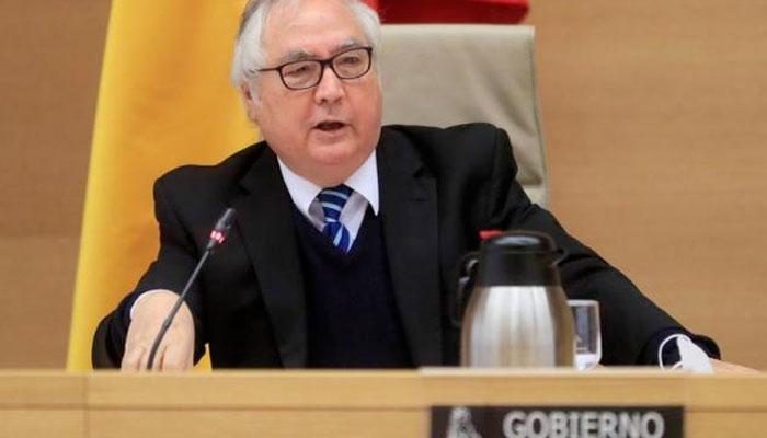 Manuel Castells, ministro de Universidades: ''El mundo está en peligro. Este mundo se acaba''