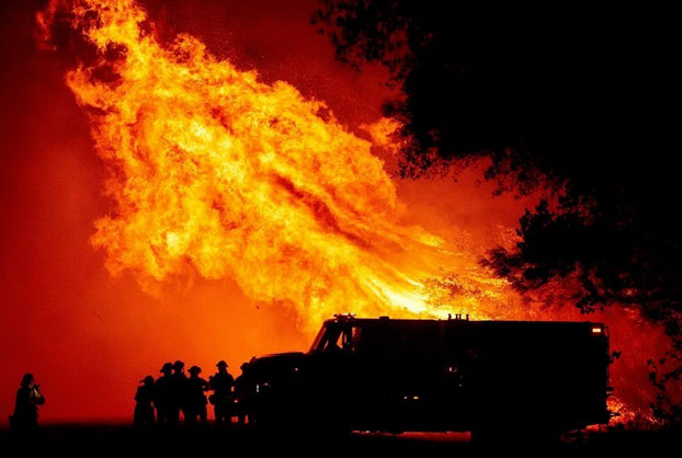 Alguien ha puesto la música de Blade Runner a un vídeo de San Francisco teñido de naranja por los incendios
