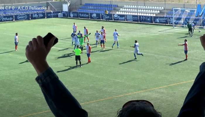 El portero del Vinaròs CF marca un gol en el min. 95 y luego le marcan a él desde el centro del campo