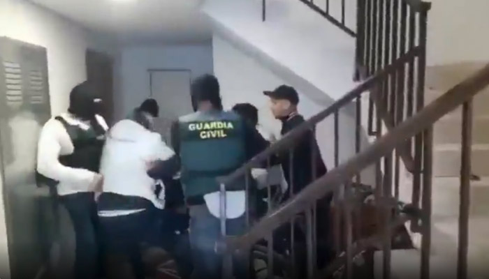 Vídeo de la detención en Pinos Puente de Adonai, el delincuente más buscado de Granada