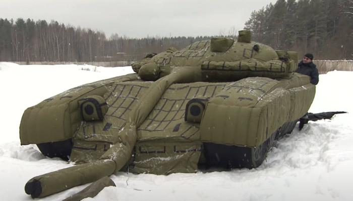 Los tanques hinchables que utiliza el ejército ruso como objetivo señuelo para engañar al enemigo