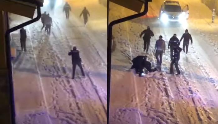 Un policía reduce con una pistola taser a un hombre armado con un cuchillo en Andorra