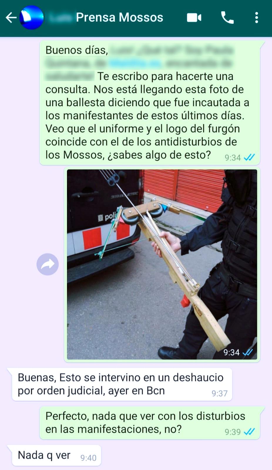 No, la ballesta de madera no fue requisada por los Mossos durante las manifestaciones por Pablo Hasél: Se incautó durante un desahucio