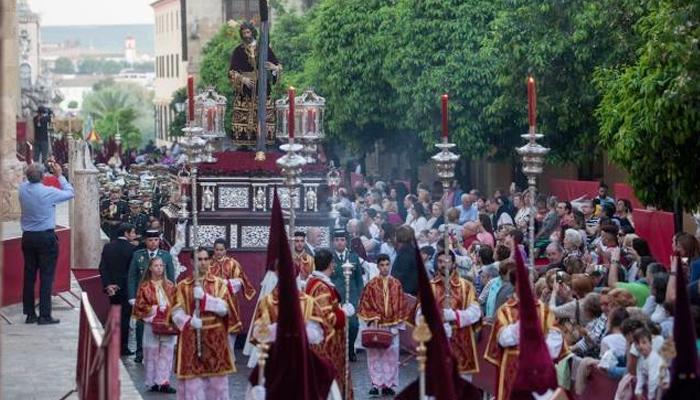 """El Gobierno cree que la """"Semana Santa puede ser el reinicio de los viajes nacionales"""""""