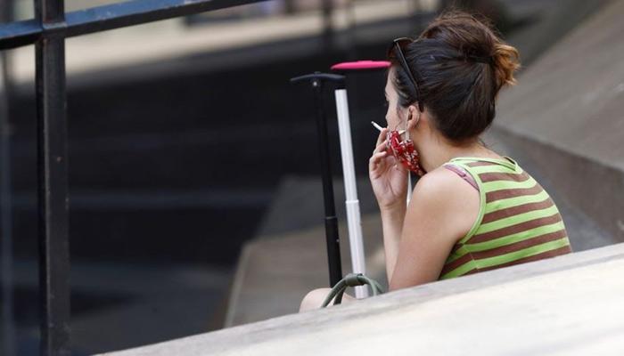 La Policía de Lugo localiza a un viandante sin mascarilla y fumando, tras recibir un aviso desde Alicante