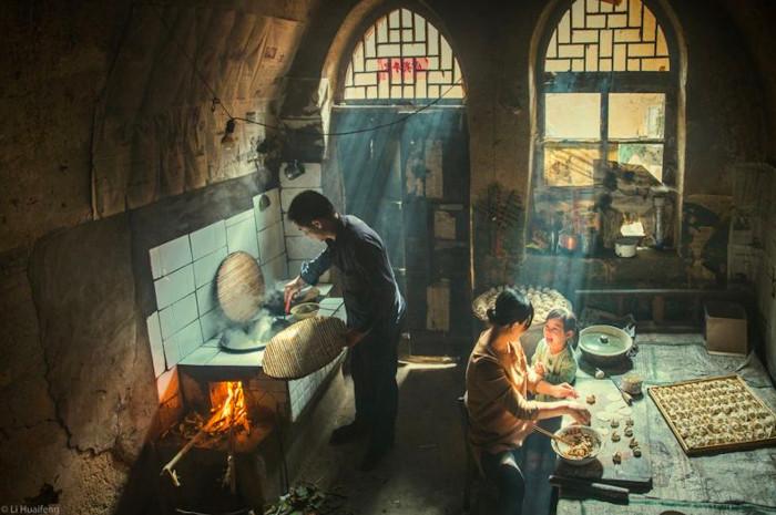 """La imagen """"excepcional"""" de una comida familiar en China que ganó un concurso internacional de fotografía gastronómica"""