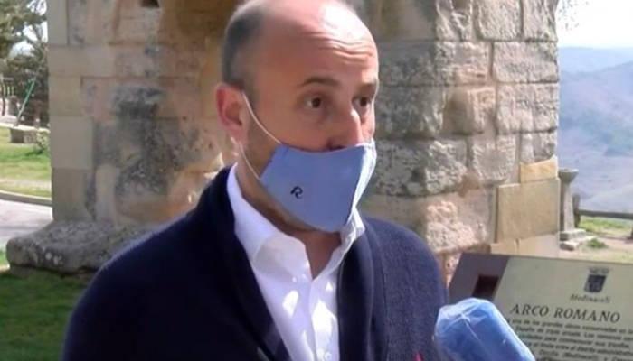 Dimite el líder de Ciudadanos en Soria tras ser cazado en una fiesta ilegal en su restaurante con Leticia Sabater