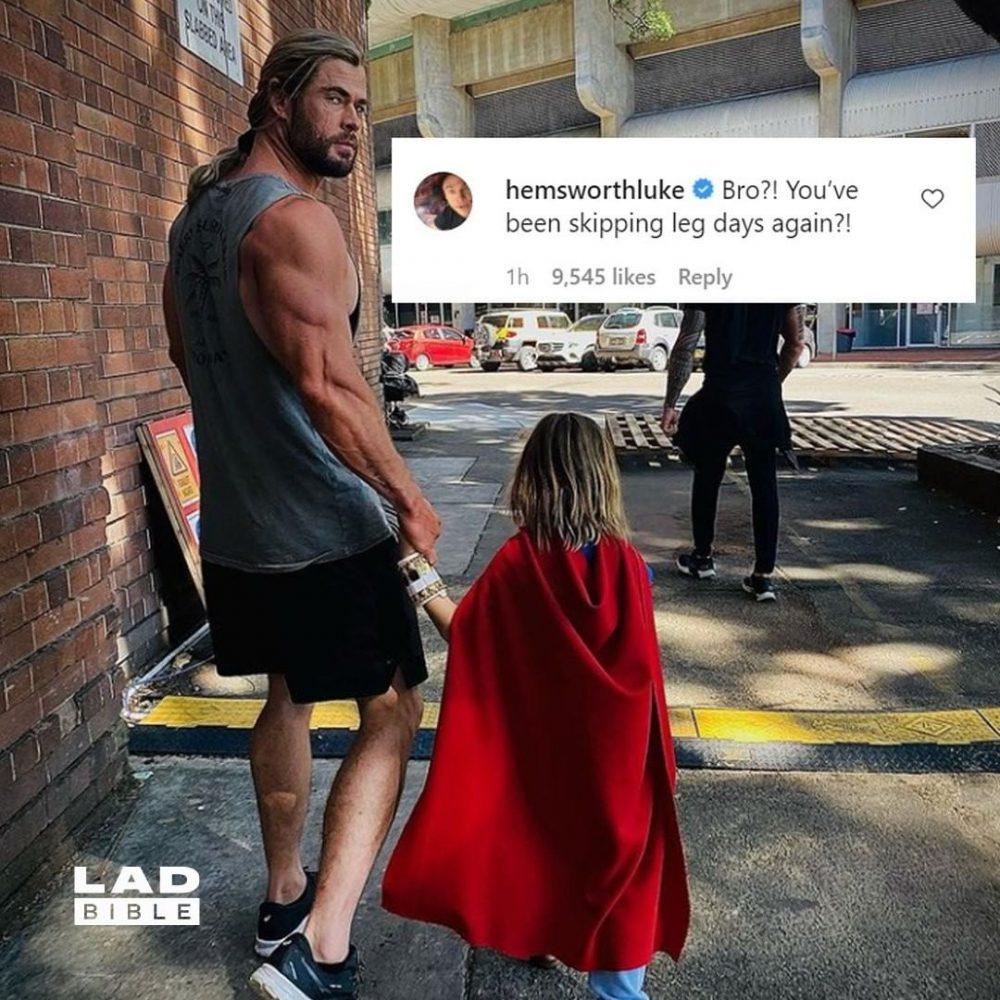 Chris Hemsworth se salta todos los días de piernas...