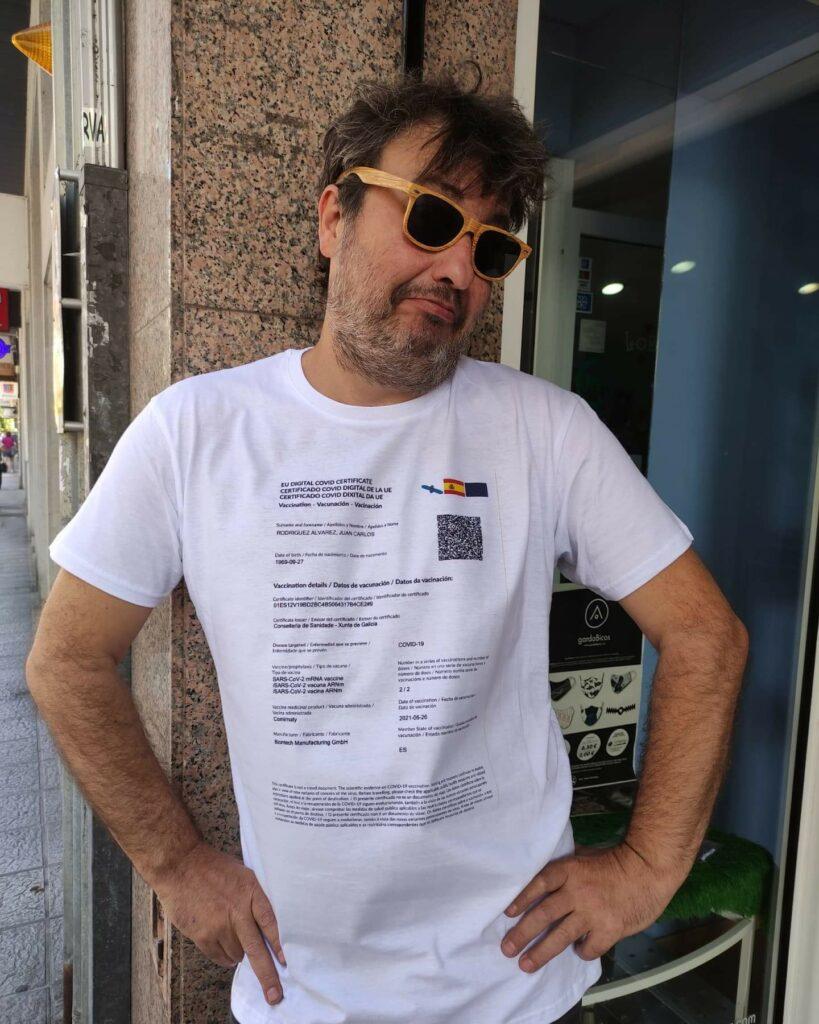 Camiseta certificado Covid. El outfit perfecto para salir de cañas en Galicia
