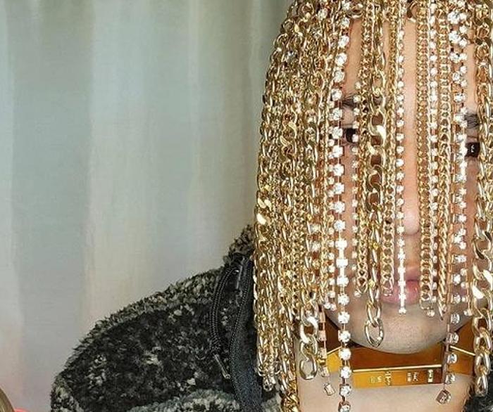 El rapero Dan Sur se implanta cadenas de oro en la cabeza: ''Quería hacer algo diferente''