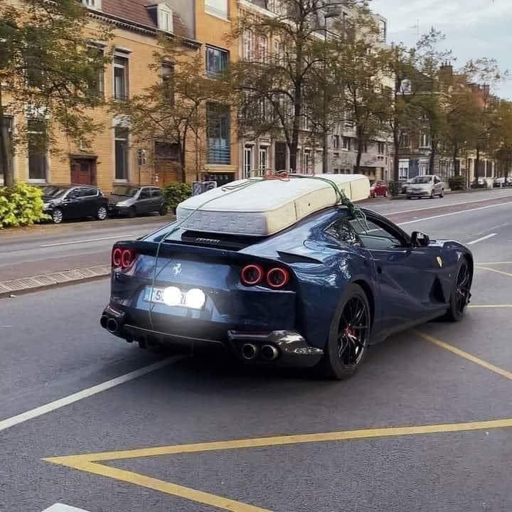 Un Ferrari camperizado