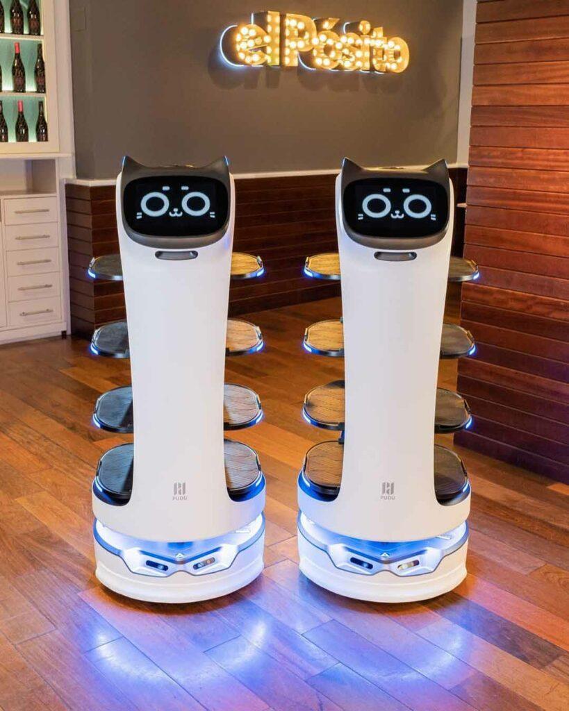 Un restaurante catalán ya utiliza robots para hacer de camareros